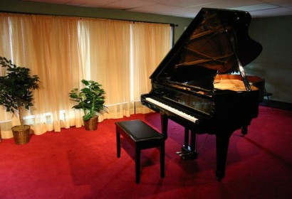 Piano in Studio B